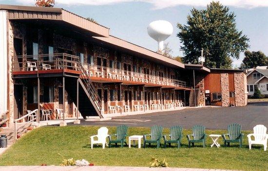 boardwalk motel alexandria bay reviews