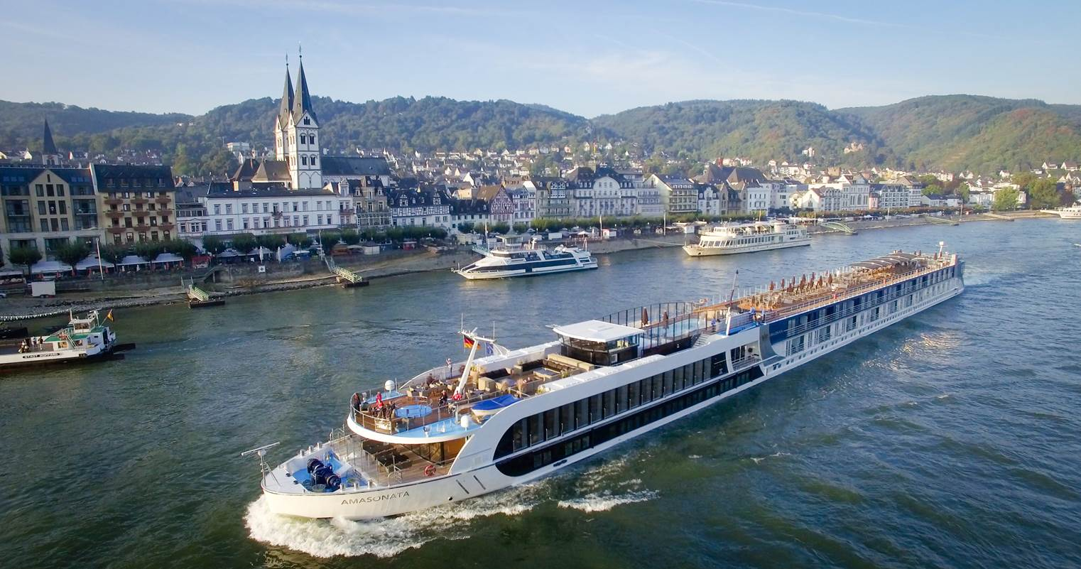 amawaterways christmas market cruise reviews
